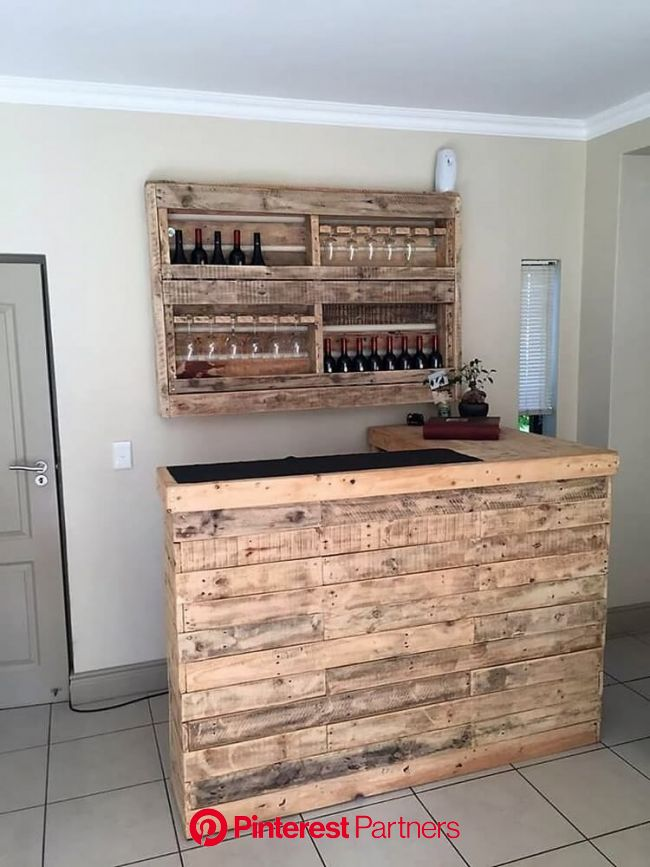 Amazing Wood Pallet Ideas That Are Easy to Make in 2020 | Wooden pallet bar, Pallet furniture outdoor, Pallet bar diy