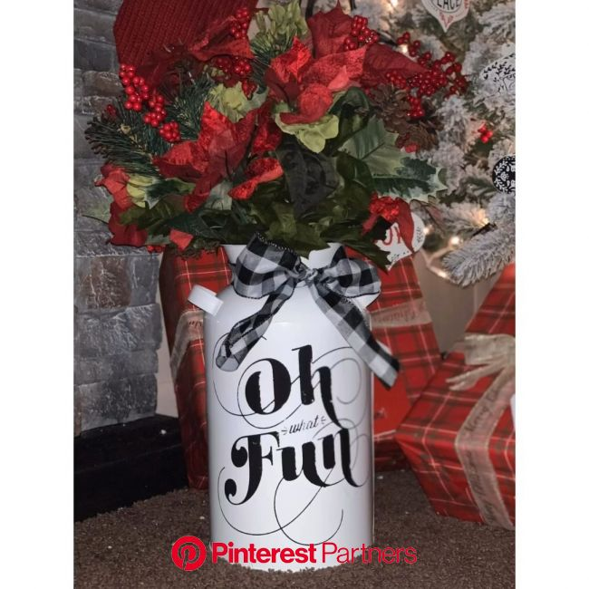 Chalk couture | Christmas | DIY | Crafts | Home decor | milk can [Video] | Home crafts, Christmas crafts diy, Thrift store diy furniture