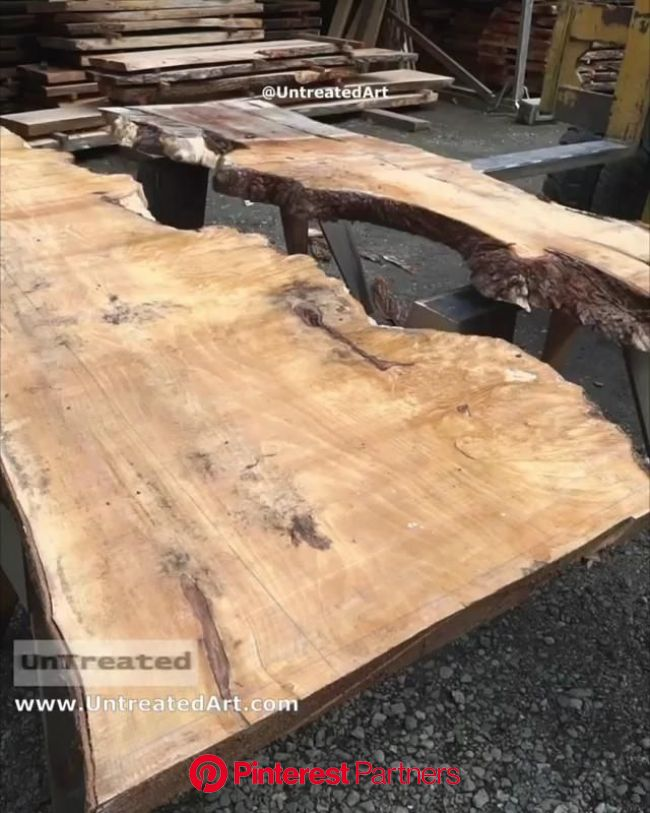 Start to finish making a transparent resin river table, figured Maple & teal epoxy. Epoxy resin pigment/… [Video] in 2021   Wood resin table, Diy