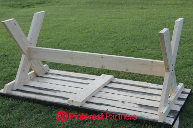 How to Build a Farmhouse Picnic Table | Farmhouse picnic table, Diy picnic table, Picnic table
