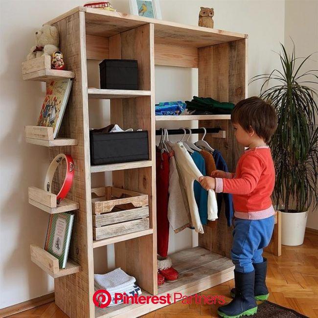 Cuarto Montessori   Armarios para niños, Muebles montessori, Muebles para bebe