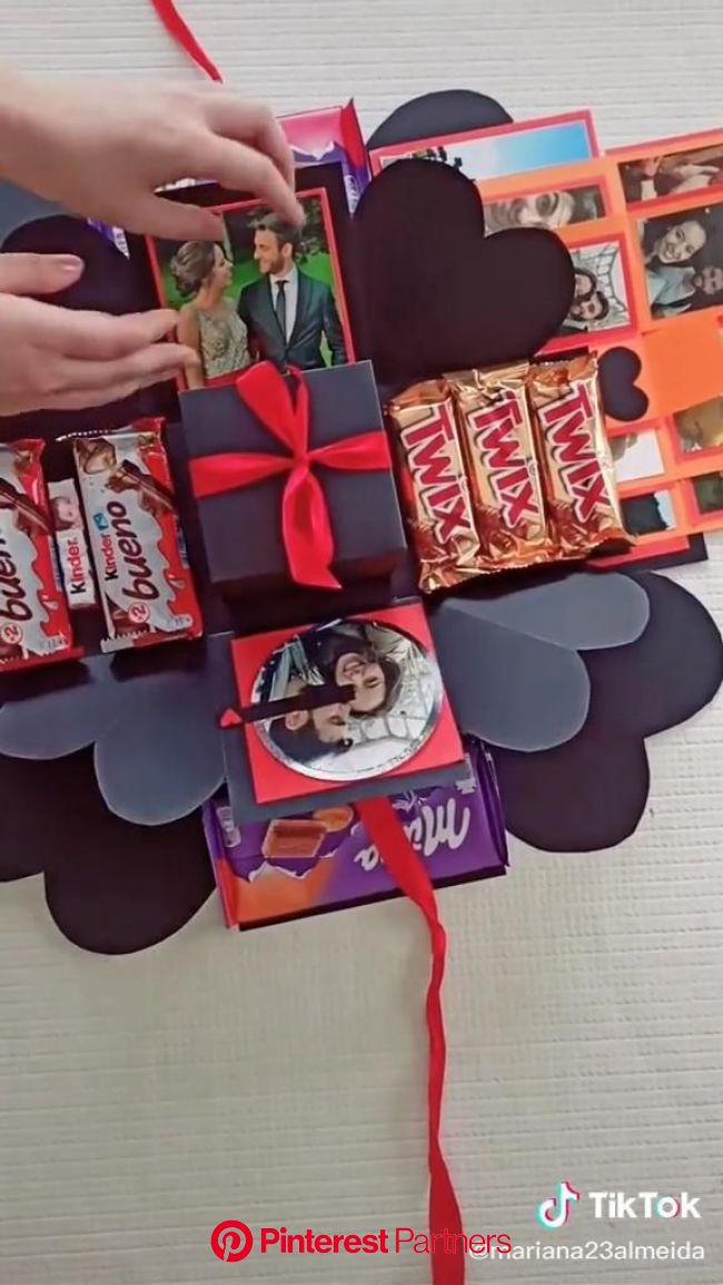 DIY Surprise Explosion Gift Box [Video] | Bff gifts diy, Diy projects gifts, Diy gifts videos