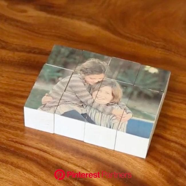 An easy DIY for kids and grownups to make a personalized wooden block puzzle using your favorite photo. [Video] | Creative diy gifts, Diy for kids, Ea