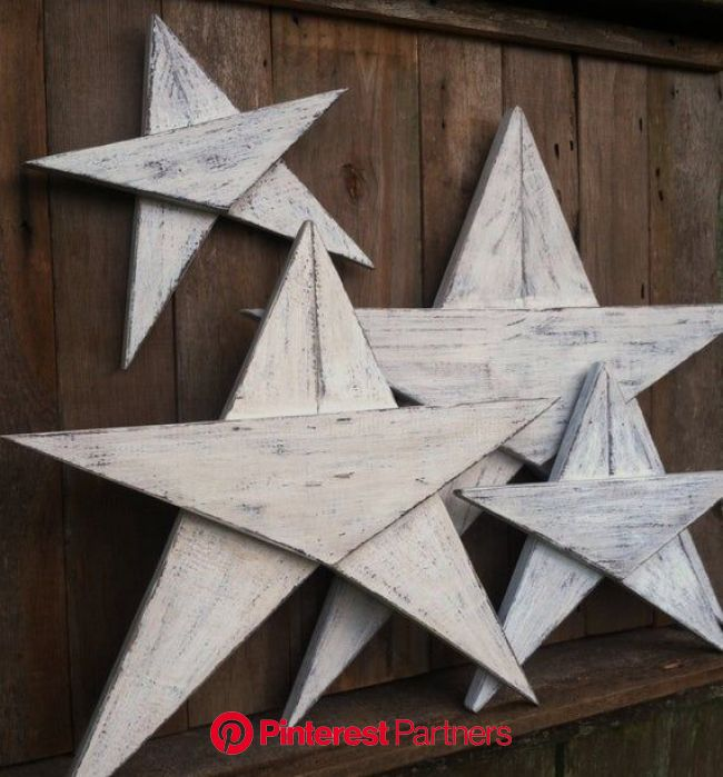 Items similar to Wood Stars (Set of 3 or 4) Rustic Wood Stars Christmas decor Beach Decor on Etsy | Barn wood crafts, Christmas wood, Wood stars