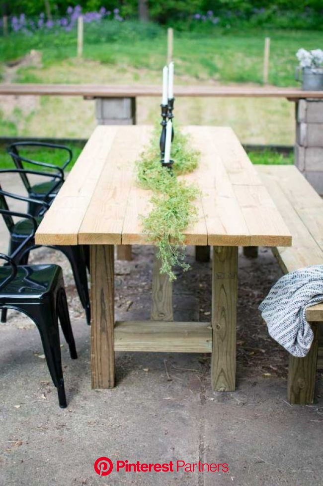 50+ Fun Outdoor 2×4 Projects to DIY for Your Patio, Yard, and Garden | Outdoor farmhouse table, Diy outdoor table, Outdoor farm table