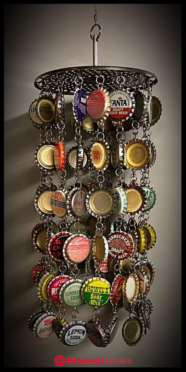 We create with metal lids: 20 DIY ideas | Beer cap crafts, Bottle top crafts, Bottle cap crafts