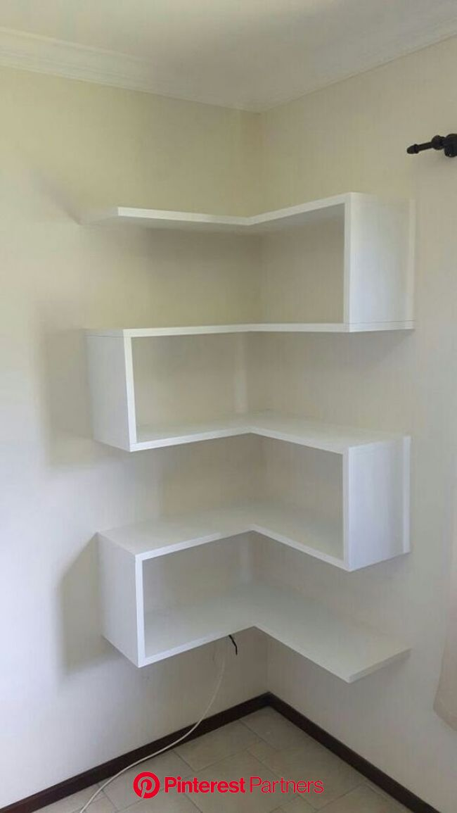 Amenajari interioare cu rafturi care economisesc spatiul din casa   Muebles de esquina, Muebles para libros, Estantes decorativos