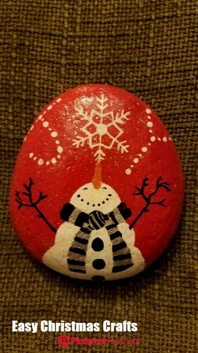 Fun And Easy Christmas Crafts To Make | Painting crafts, Rock crafts, Rock painting designs