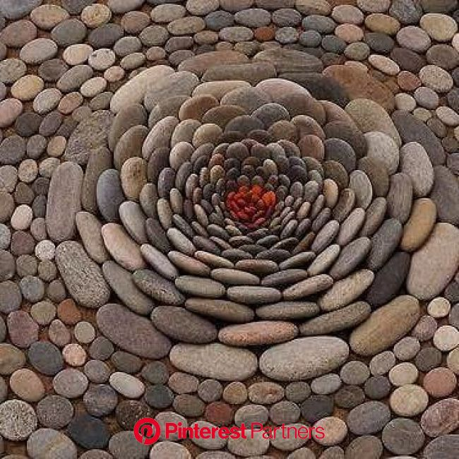 Pictures on Twitter | Pebble art, Stone art, Earth art