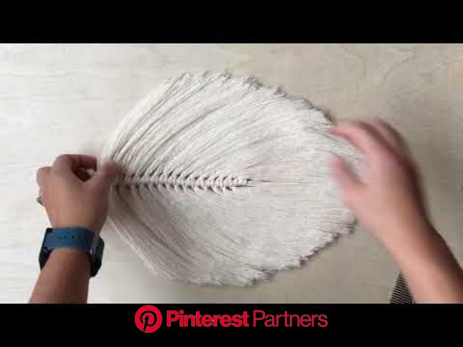 How To Make A Large Macrame Feather/Leaf Part 2 of 2 - YouTube | Macrame feather, Macrame wall hanging diy, Macrame