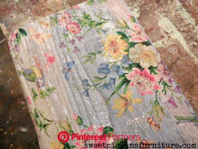Floral Wood Tutorial – Using Napkins!   Crafts, Mod podge crafts, Decoupage wood