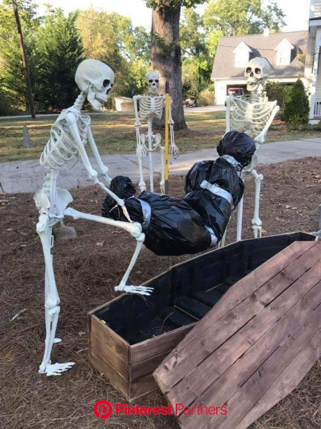How the tables have turned... | Spooky halloween decorations, Outdoor halloween, Scary halloween decorations diy