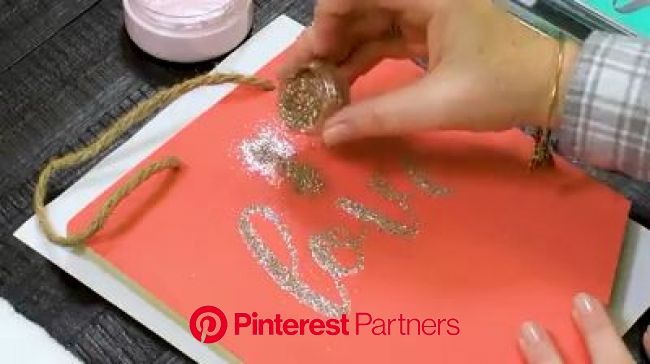 I love to add glitter to my Chalk Couture designs! [Video] | Diy screen printing, Chalk crafts, Easy christmas crafts