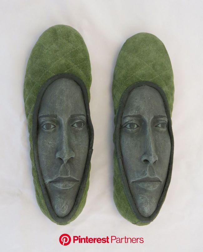 Pin by Kathy Hughes on חפצי אמנות | Shadow box art, Shoe art, Sculptures